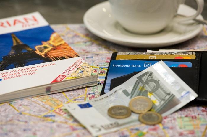 Bargeld im Urlaub bleibt Standard