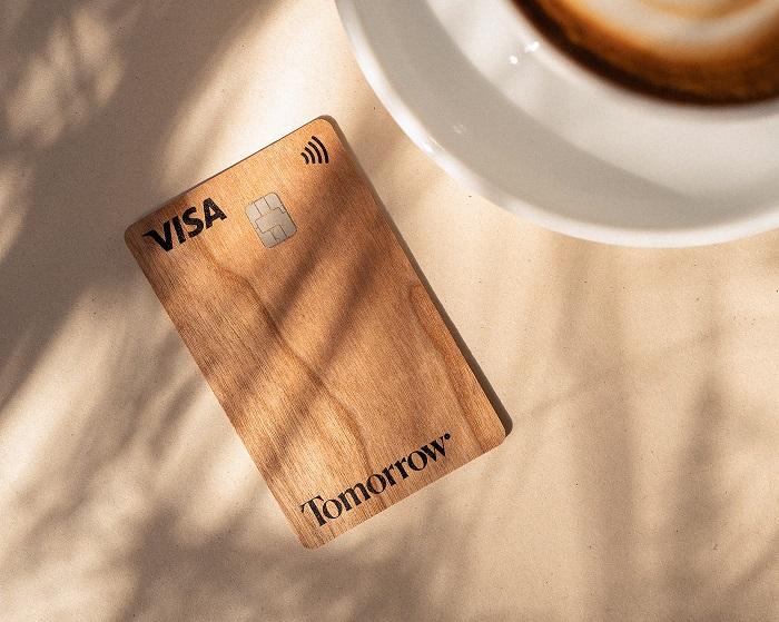 Die erste Visa-Karte aus Holz