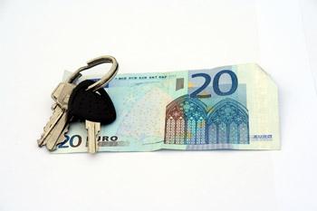 Noch heute zuschlagen: Deutschland-Kreditkarte mit einem Bonus von 20 Euro