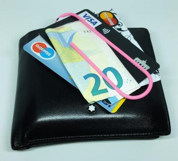Kontaktloses Bezahlen mit dem Fingerabdruck - die Zukunft der Kreditkarte?