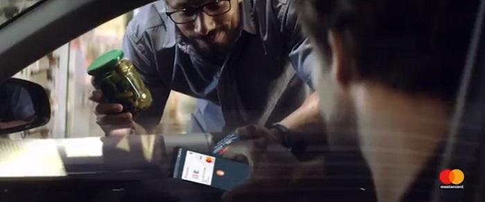 Mastercard bewirbt kontaktloses Bezahlen
