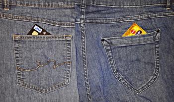 Was Kreditkarten und Jeans gemeinsam haben